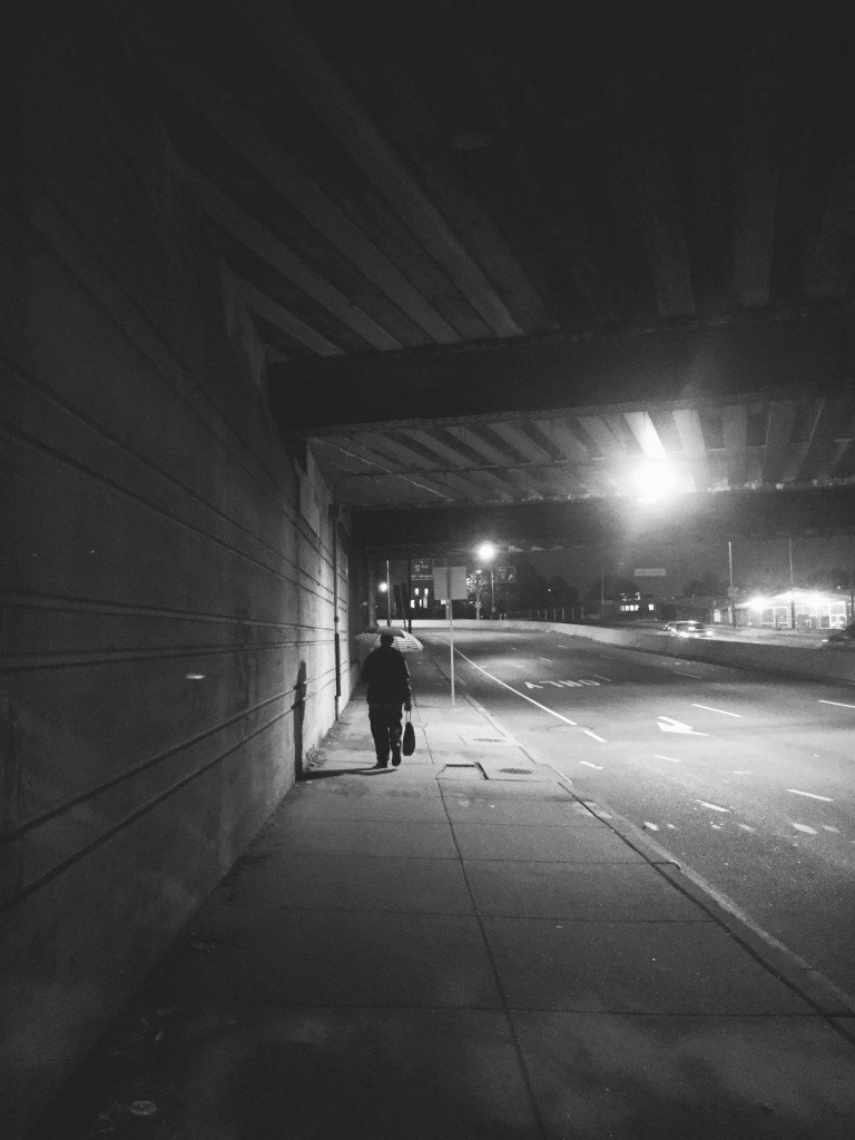 homeless-man-walking-in-phili