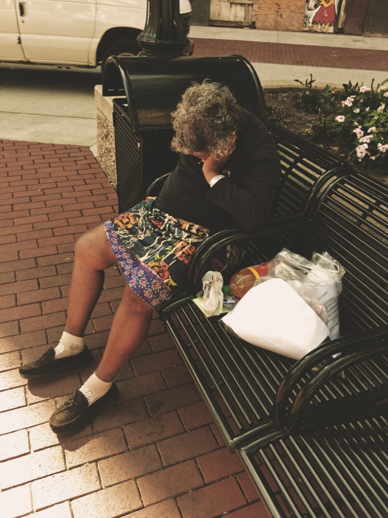 homeless-woman-in-detroit-woroniecki