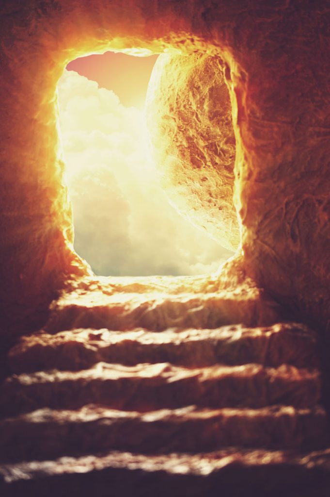 Jesus-walking-out-of-tomb-michael-woroniecki-blog